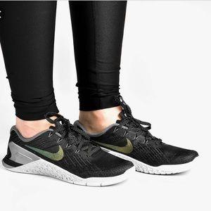 NWT Nike Metcon 3 MTLC Black Pearls WMNS AUTHENTIC